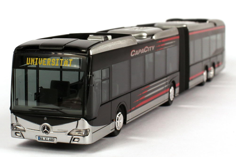 Mercedes-benz capacity photo - 8