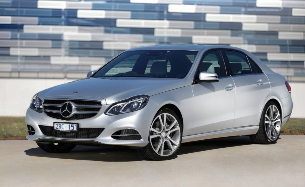 Mercedes-benz e220 photo - 5
