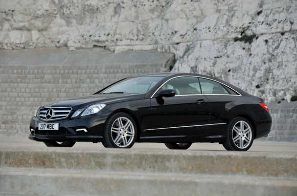 Mercedes-benz e220cdi photo - 6