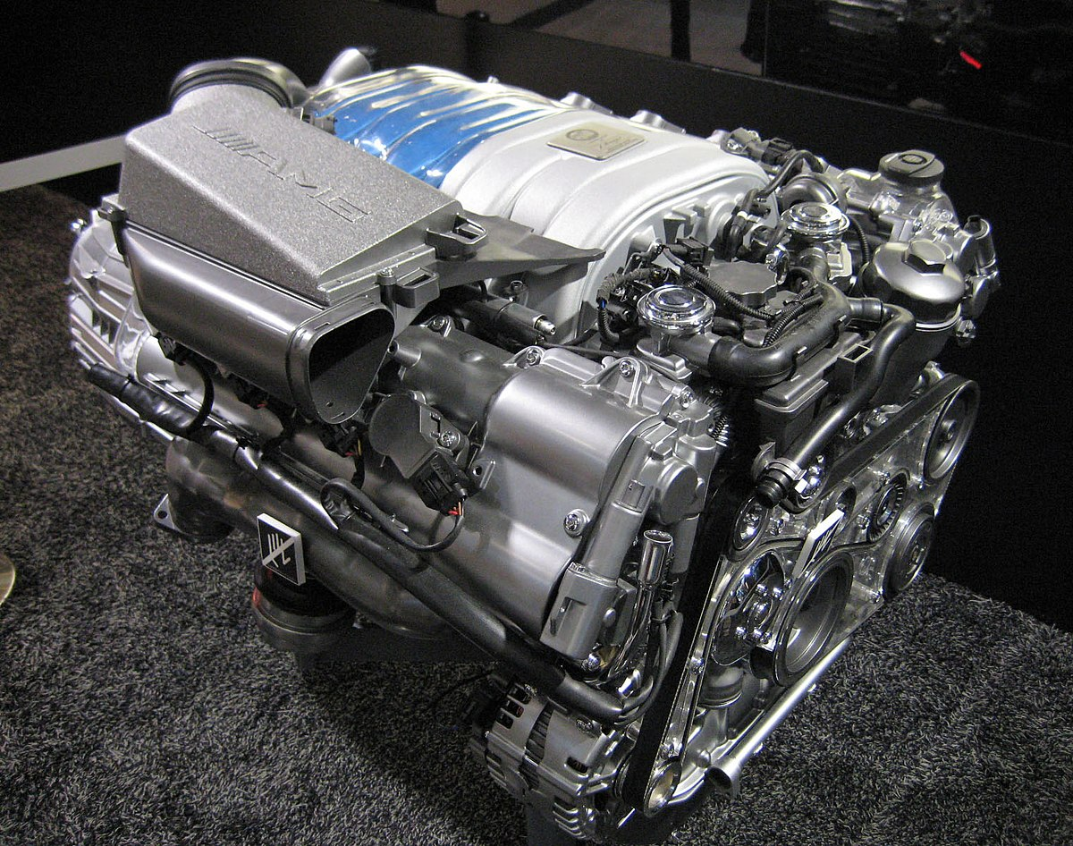 Mercedes-benz engine photo - 5