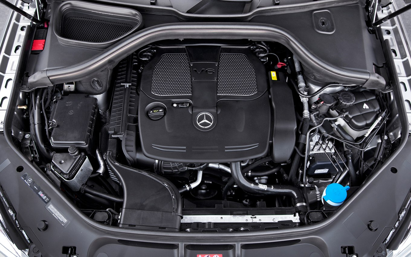 Mercedes-benz engine photo - 7