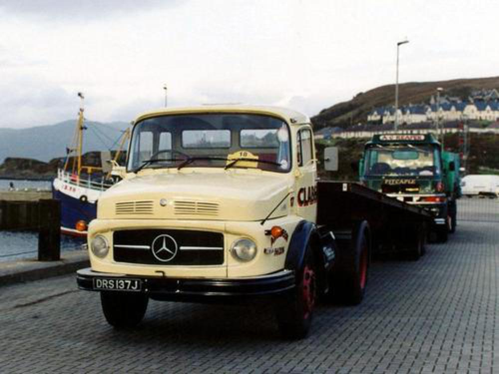 Mercedes-benz l1418 photo - 2