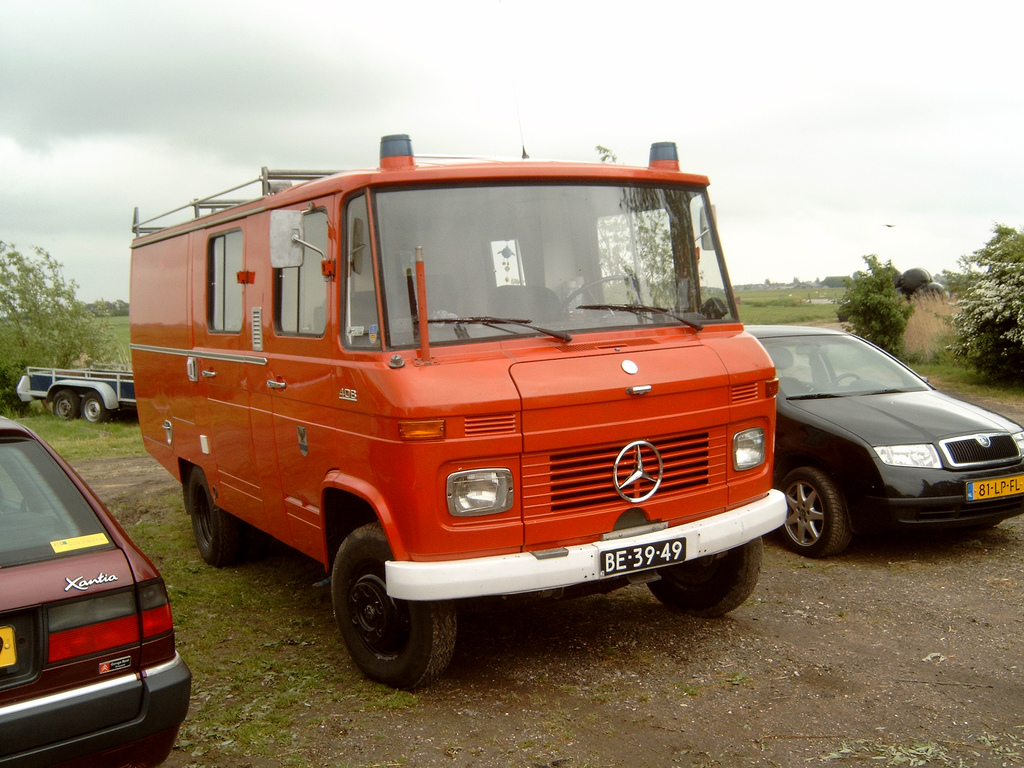 Mercedes-benz lf photo - 10