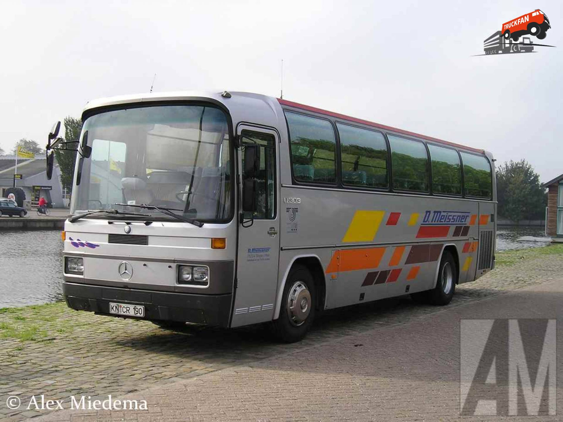 Mercedes-benz o303 photo - 2