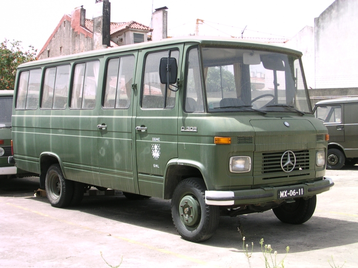 Mercedes-benz o309 photo - 6