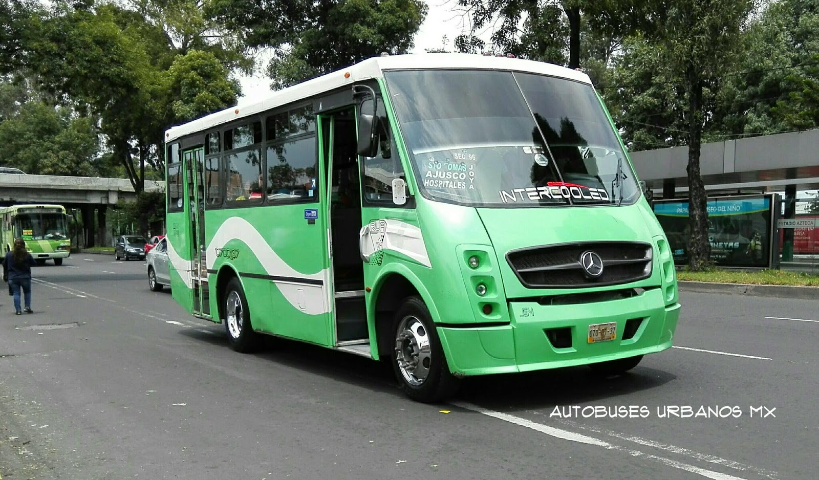 Mercedes-benz operbus photo - 10