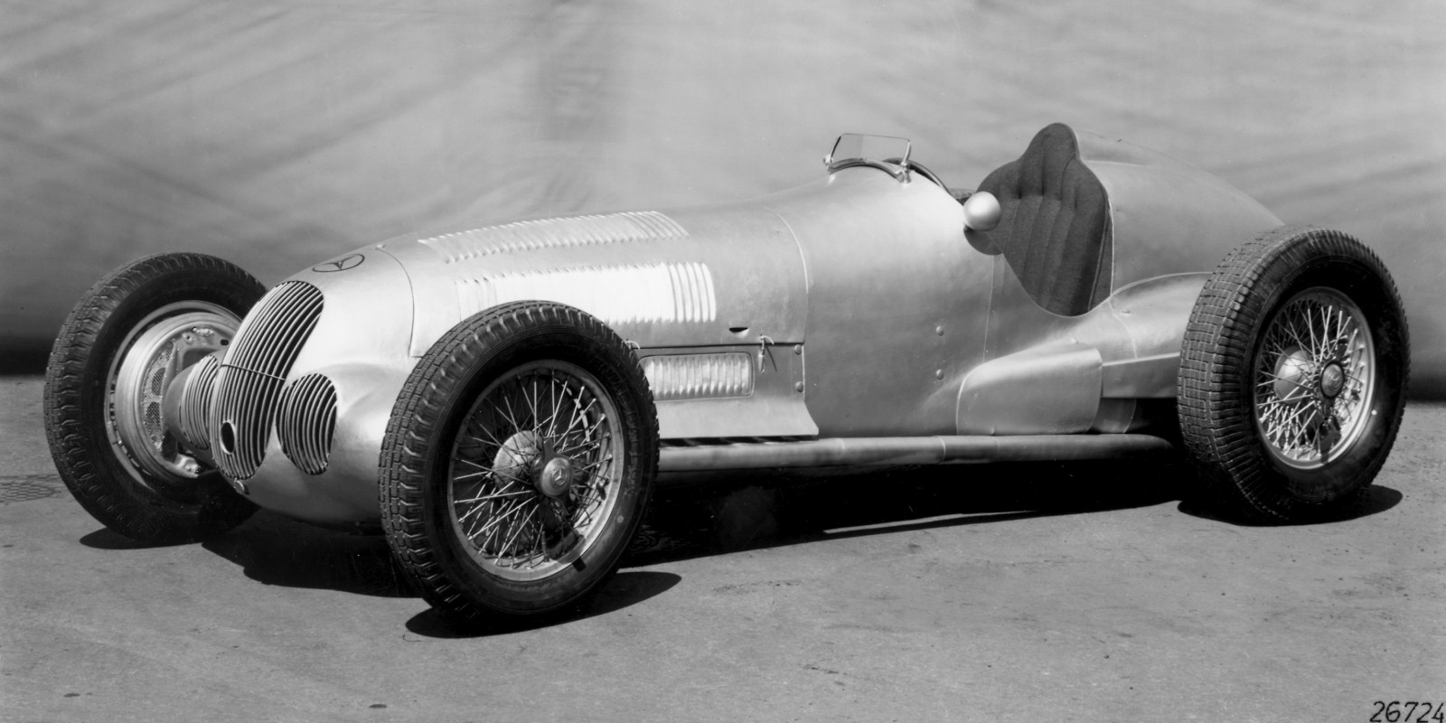 Mercedes-benz silberpfeil photo - 1
