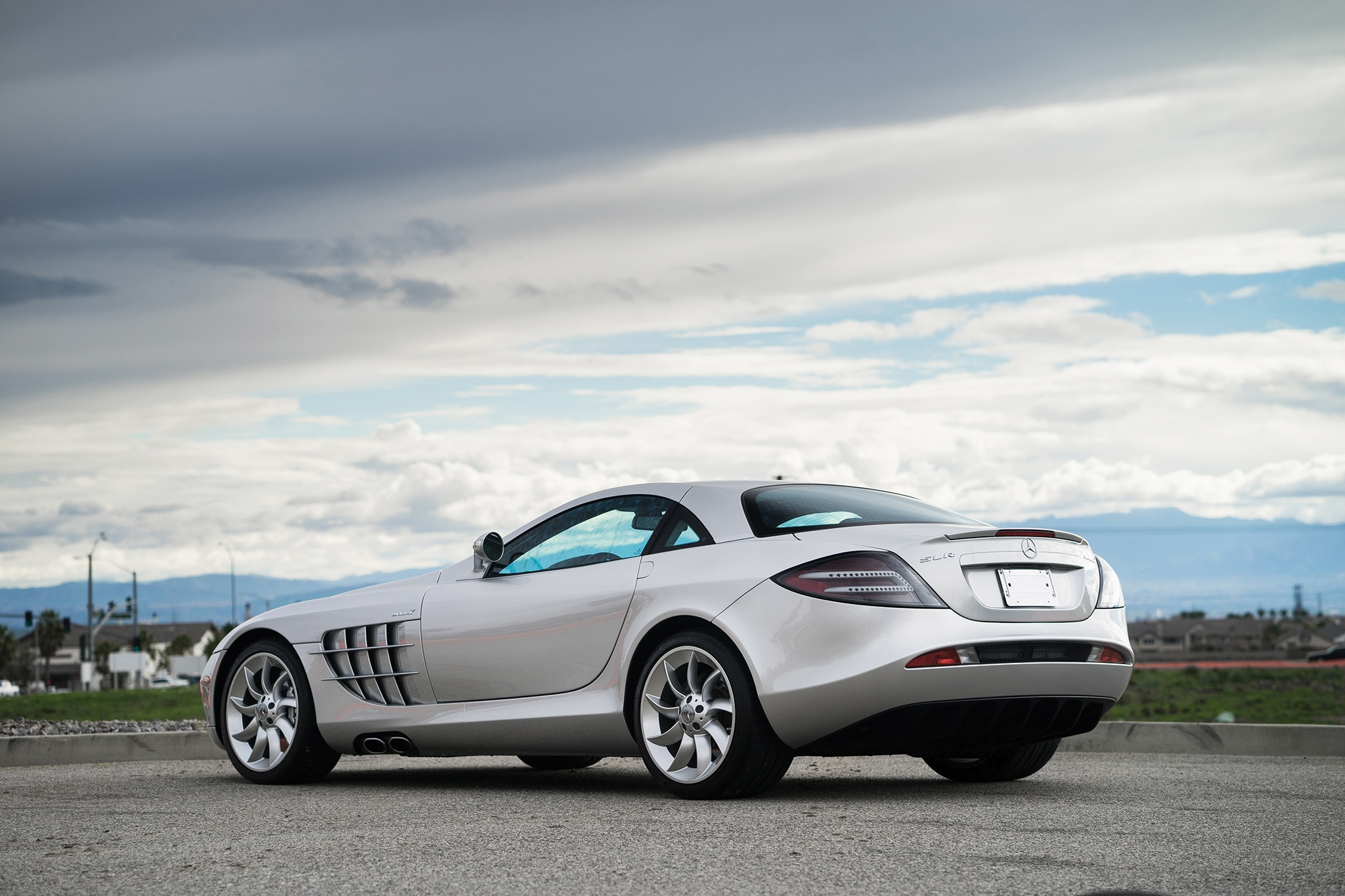Mercedes-benz slr photo - 5