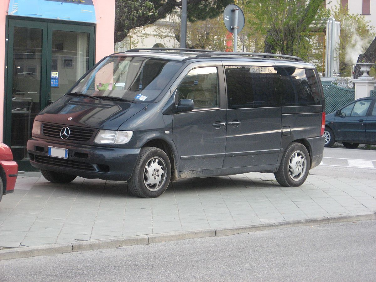 Mercedes-benz v photo - 10