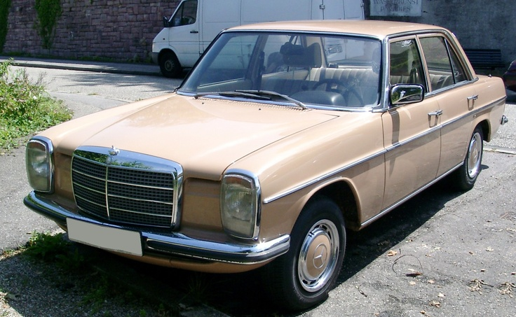 Mercedes-benz w115 photo - 3