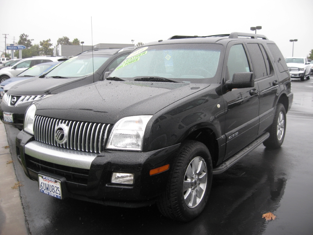 Mercury mountaineer photo - 3