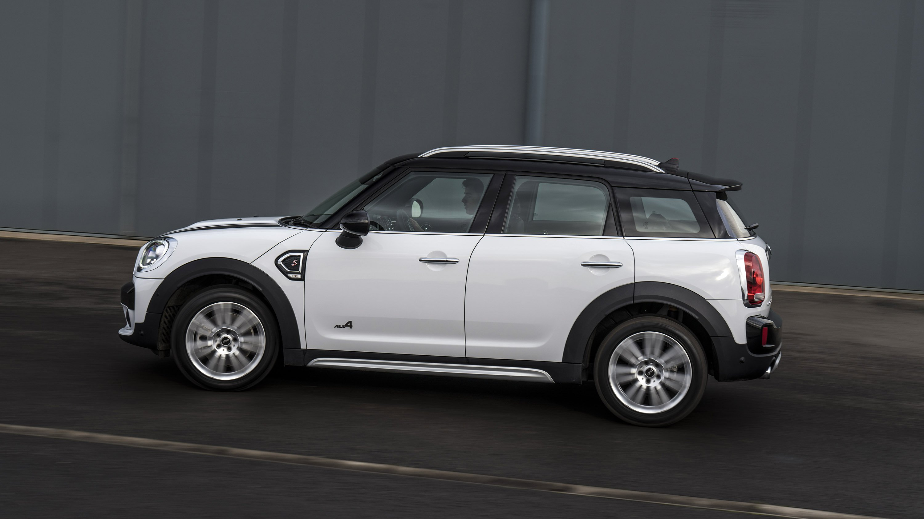 Mini countryman photo - 3