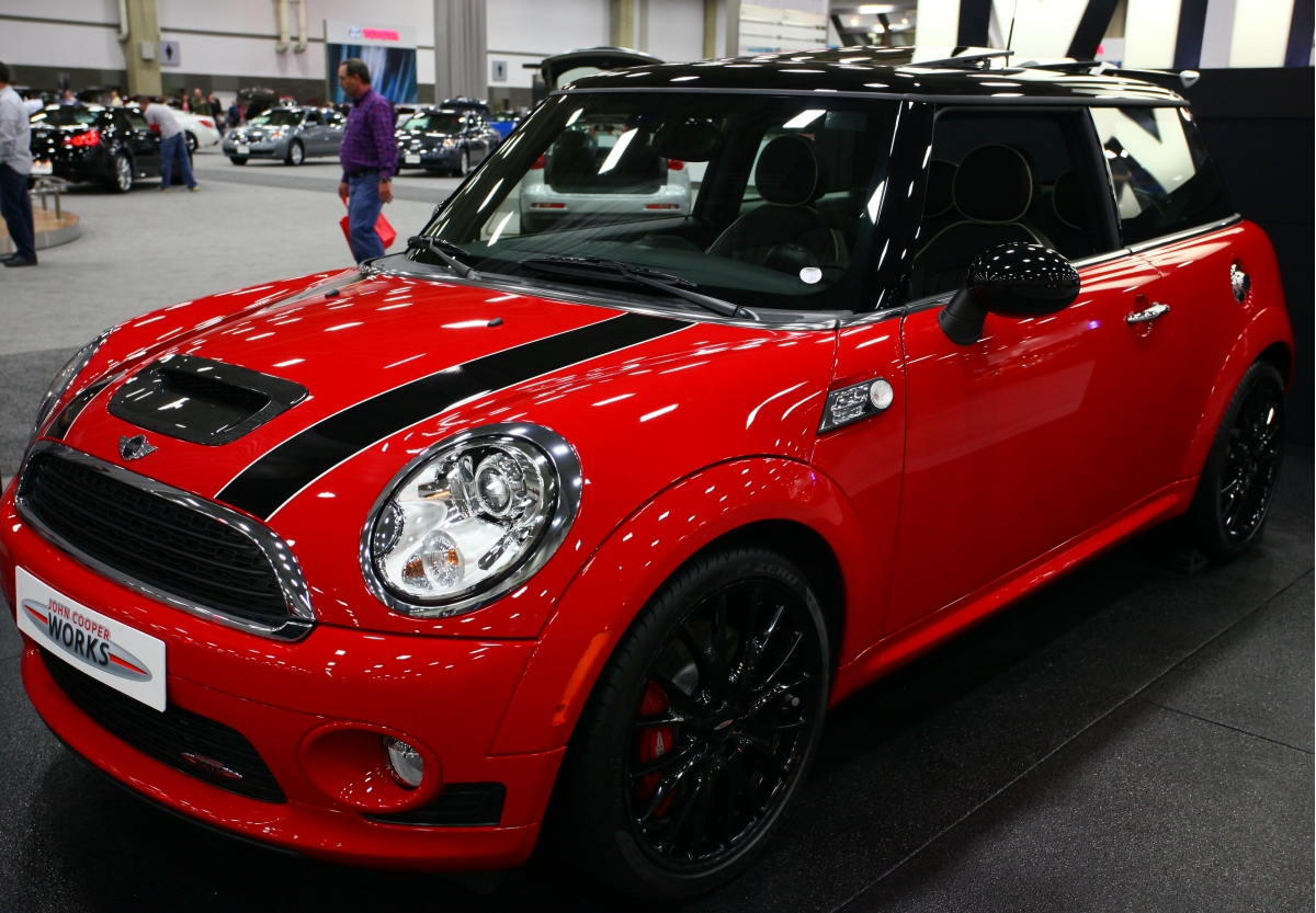 Mini red photo - 9