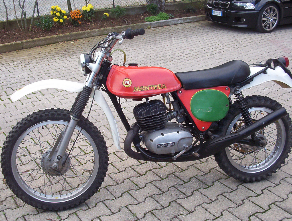 Montesa scorpion photo - 1