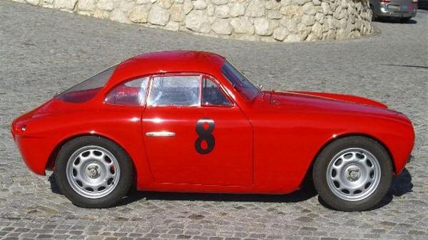 Moretti coupe photo - 5