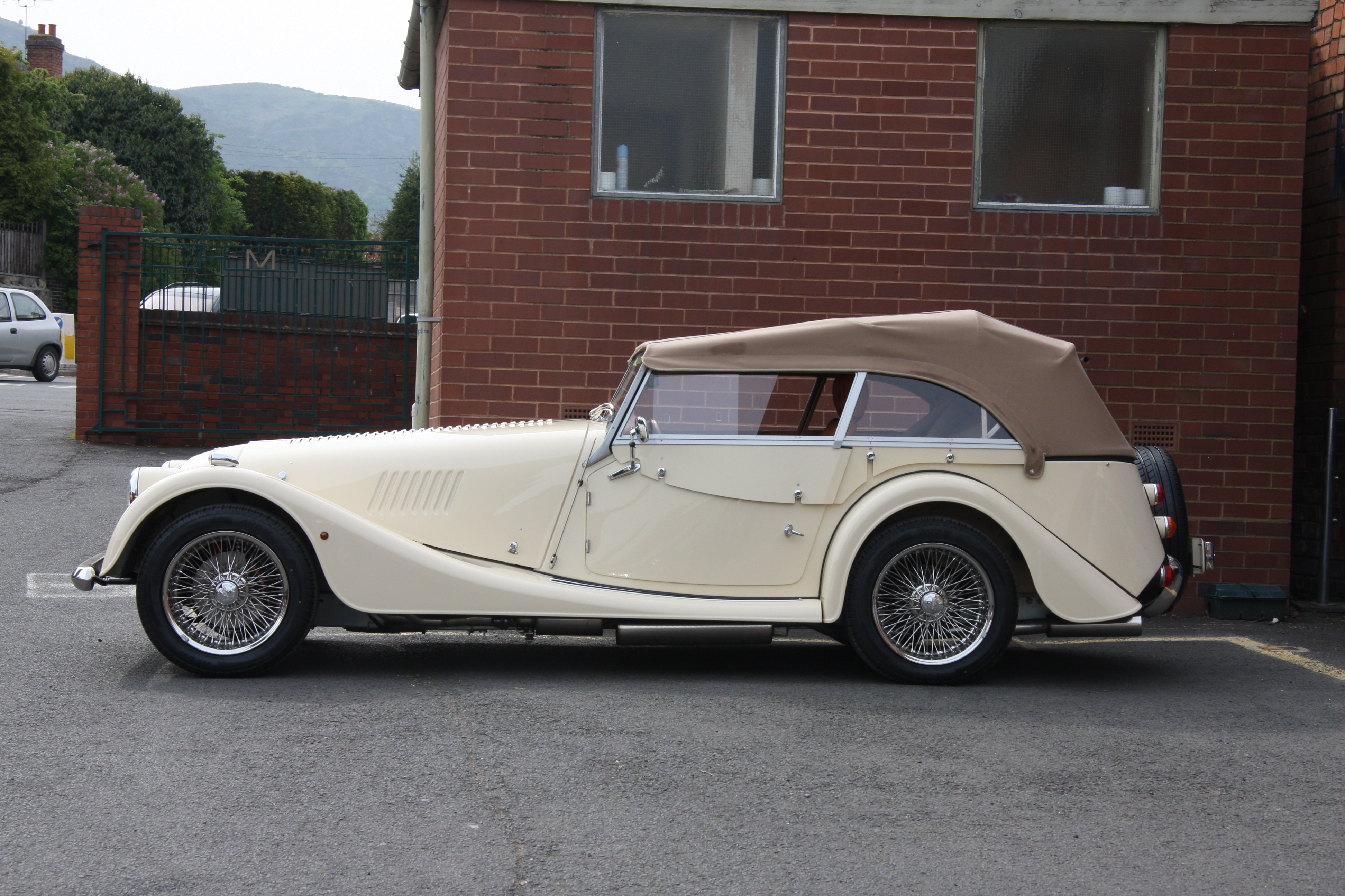 Morgan 4-seater photo - 6