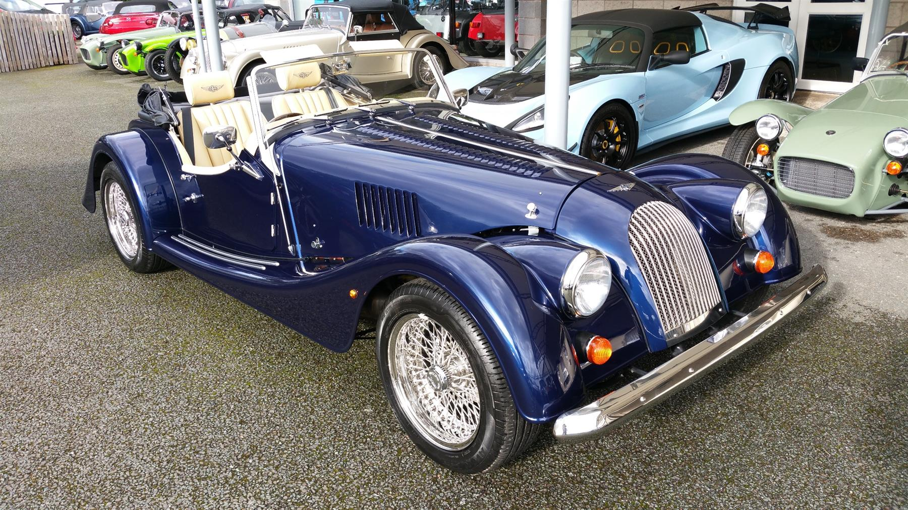 Morgan roadster photo - 3