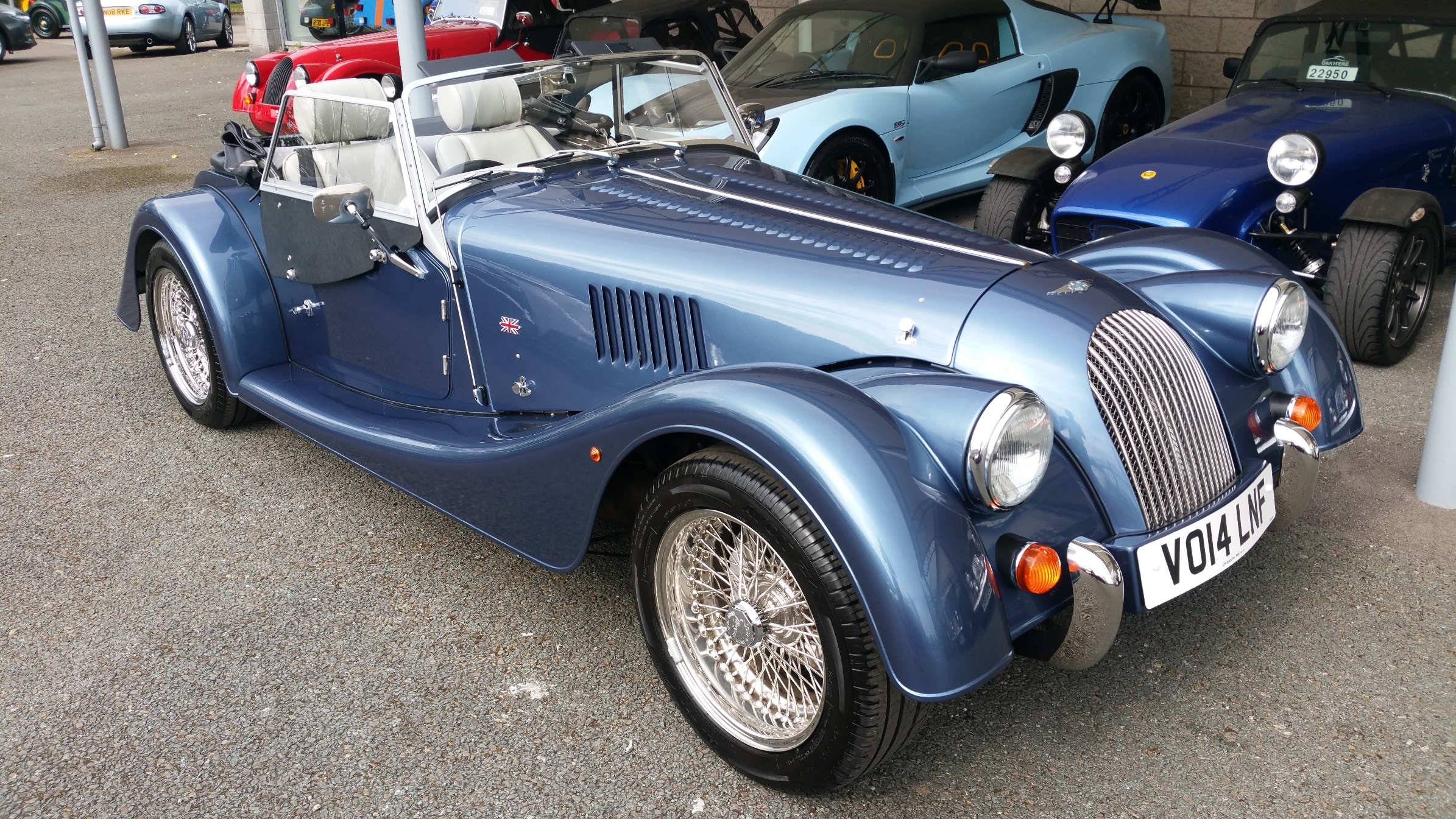 Morgan roadster photo - 4