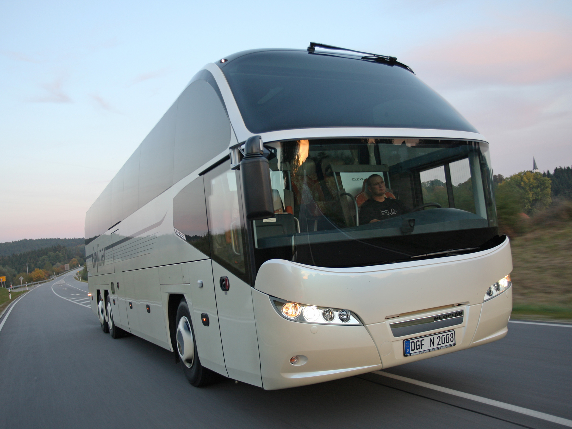 Neoplan cityliner photo - 4