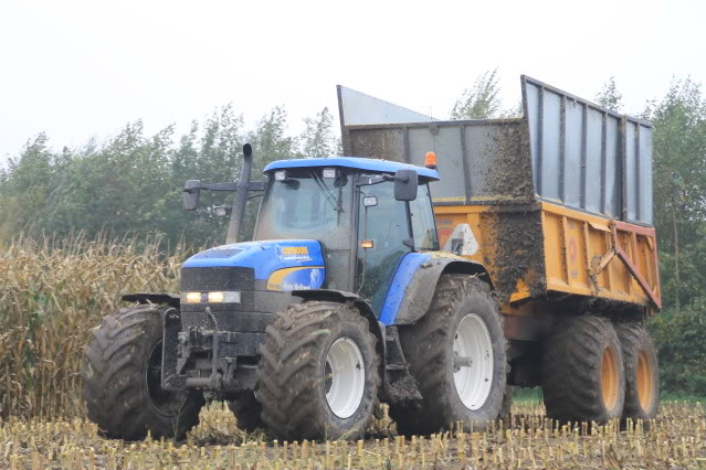 New holland 4055 photo - 9