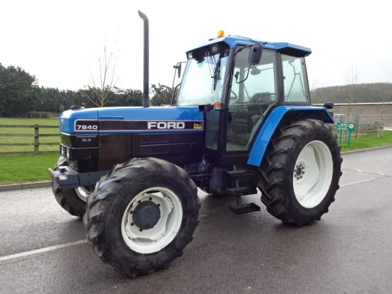 New holland 7840 photo - 10