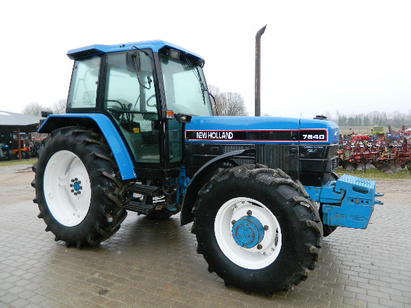 New holland 7840 photo - 4