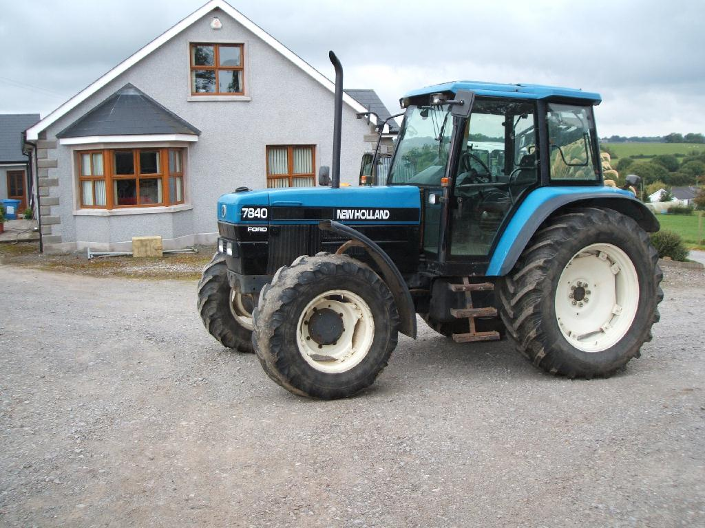 New holland 7840 photo - 5