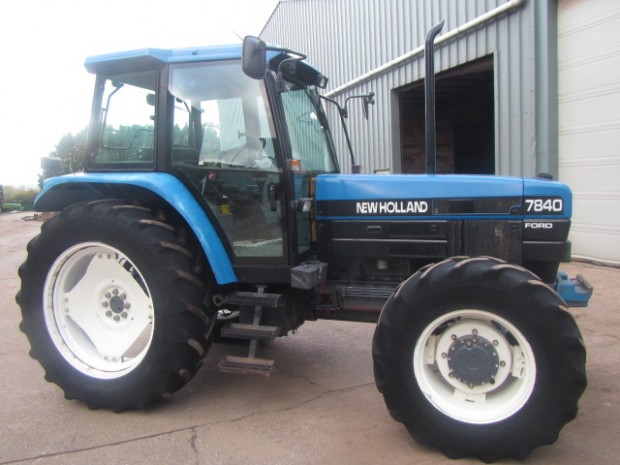 New holland 7840 photo - 9