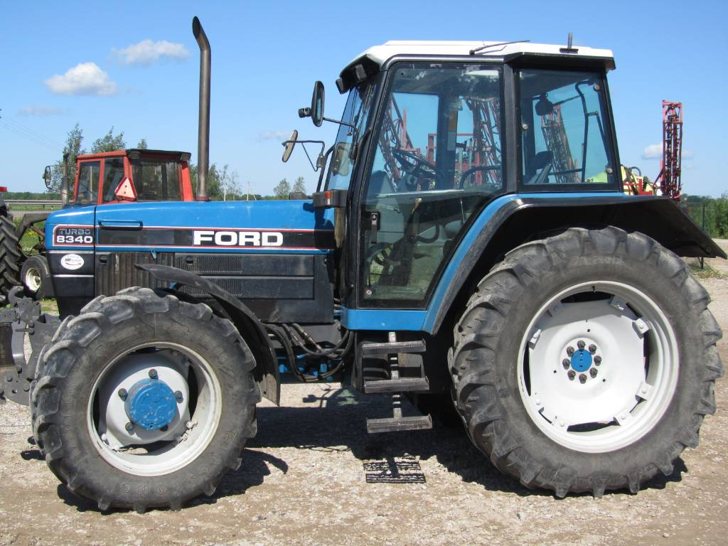 New holland ford photo - 3