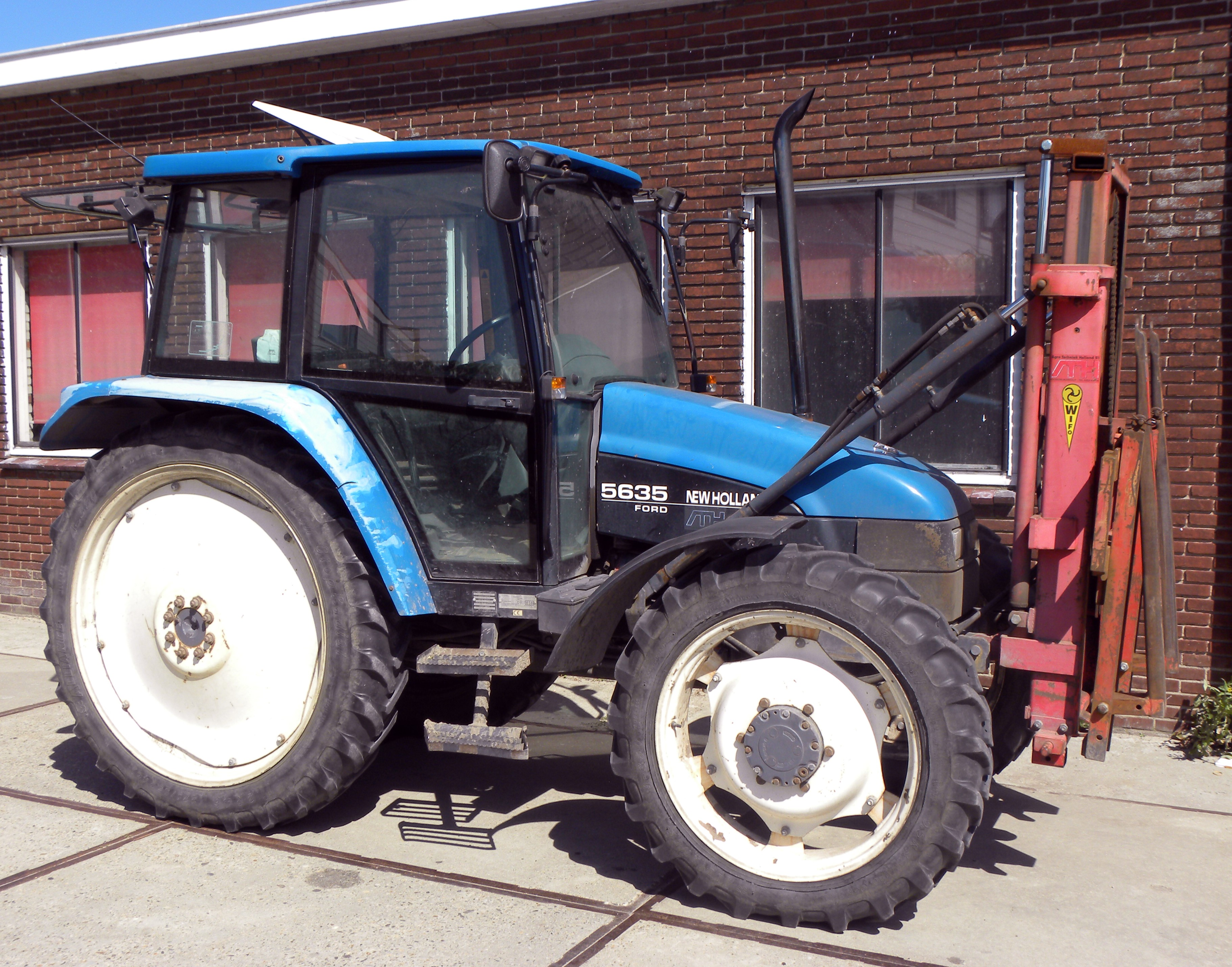 New holland ford photo - 7