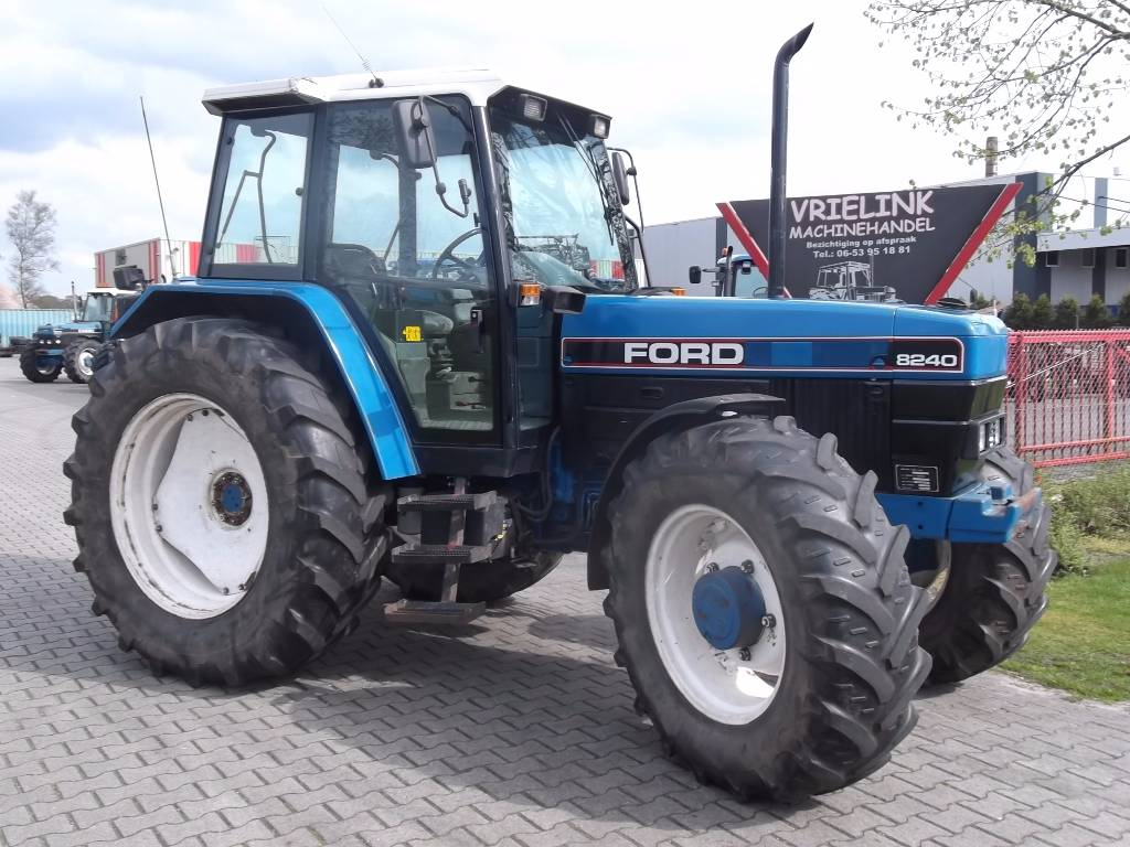 New holland ford photo - 9