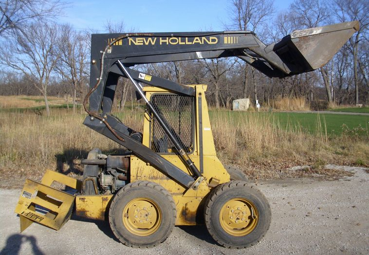 New holland l555 photo - 1