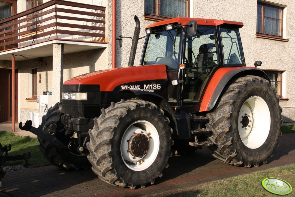 New holland m135 photo - 10
