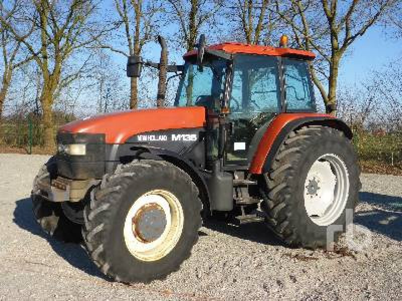 New holland m135 photo - 9