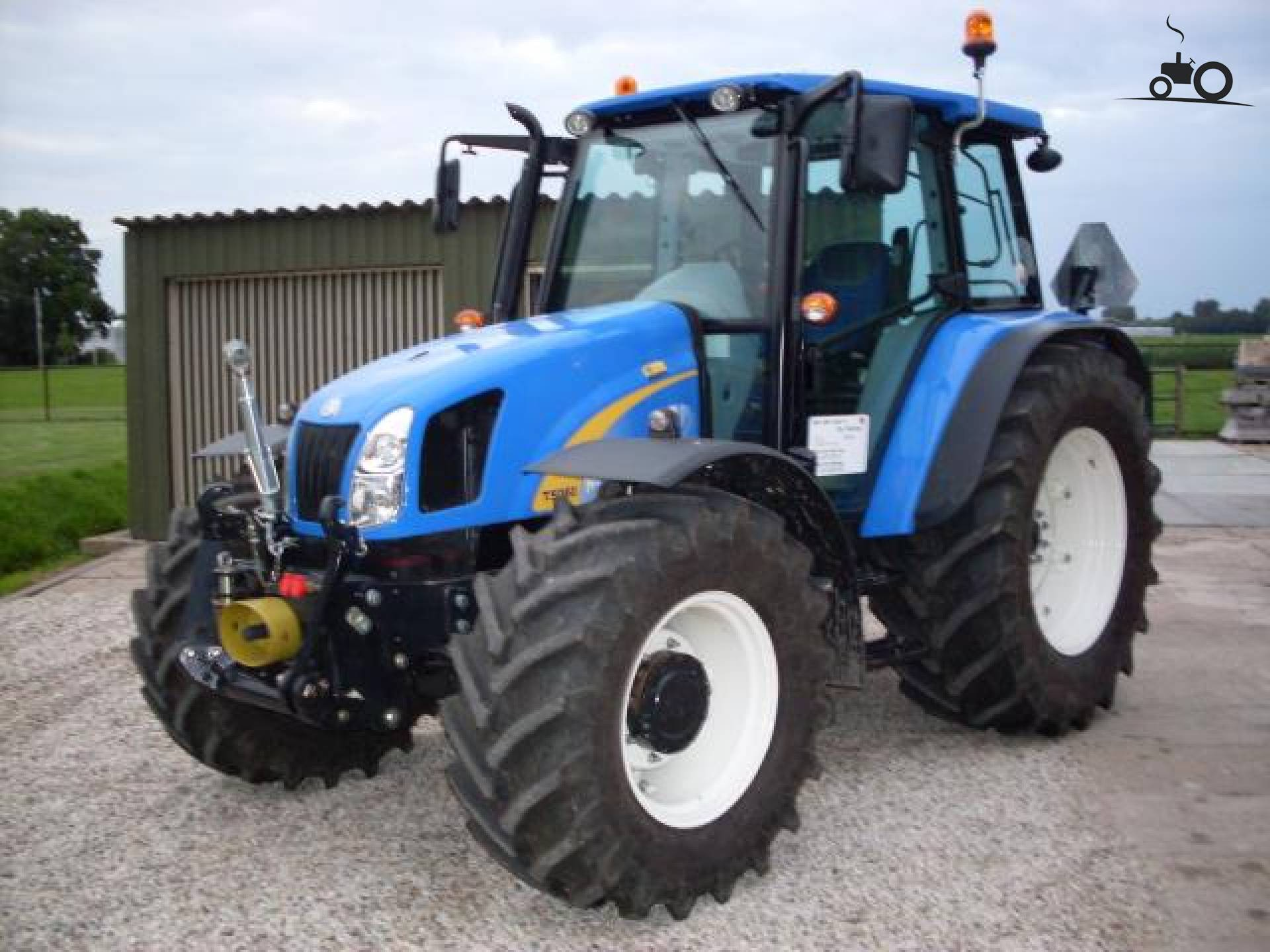 New holland t photo - 7