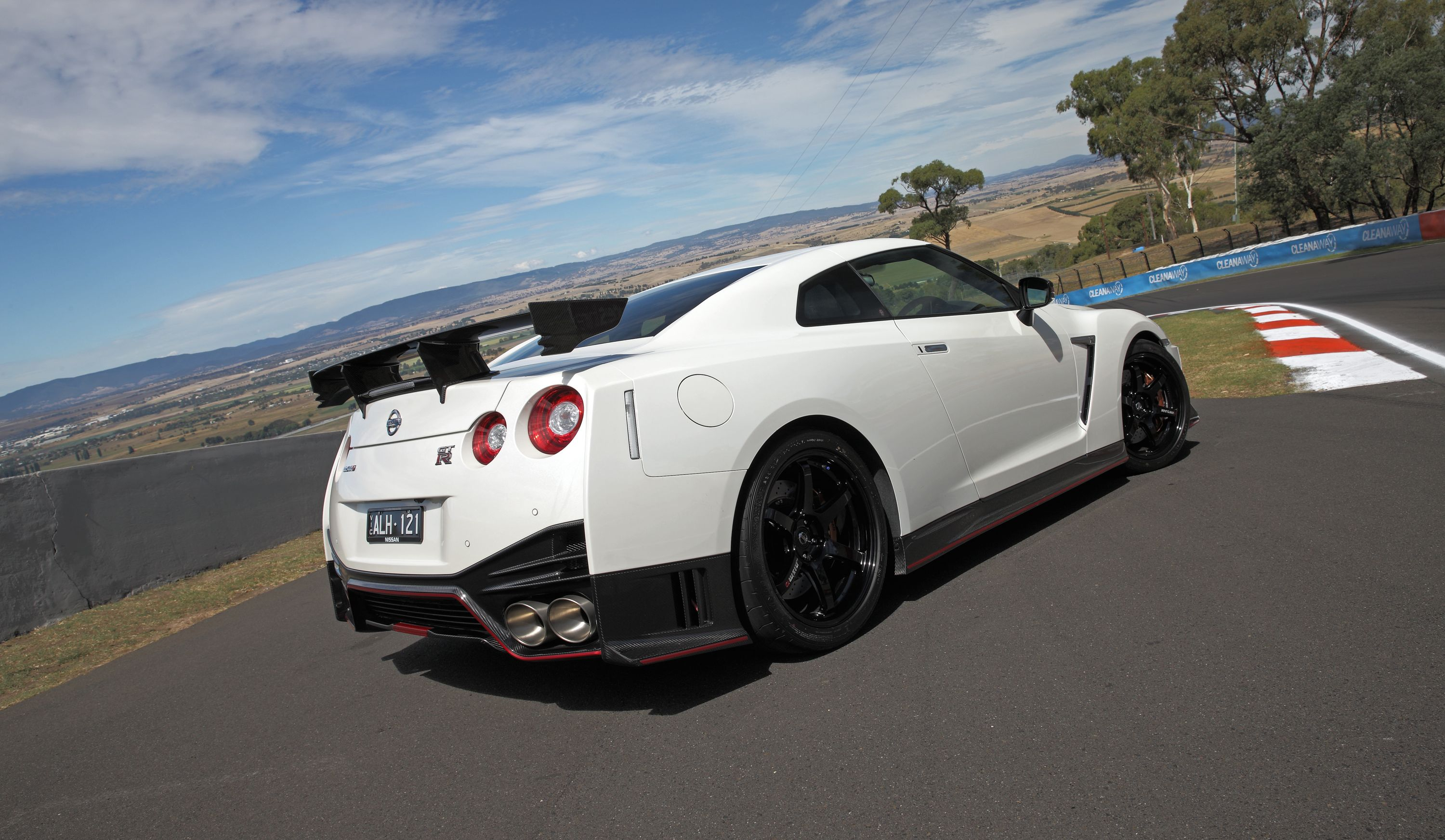 Nissan gt photo - 6