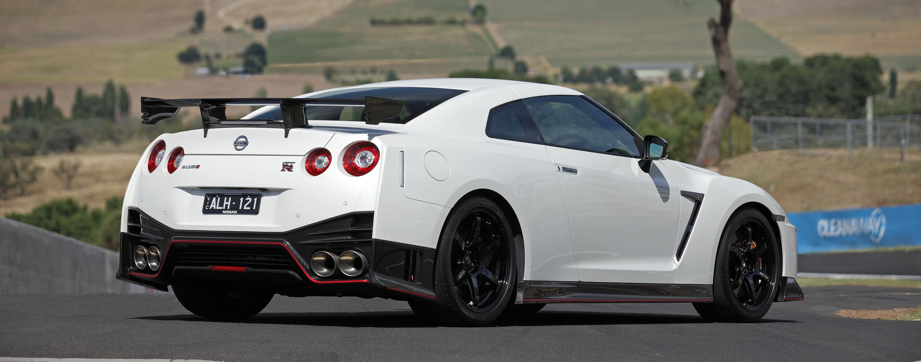 Nissan gt photo - 7