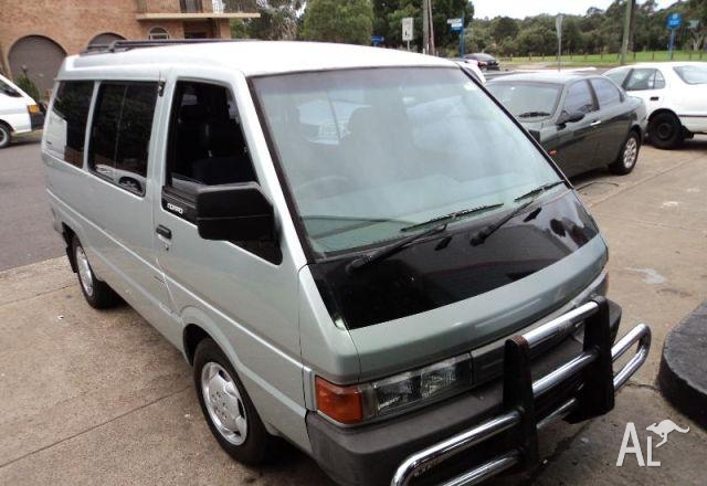 Nissan nomad photo - 8