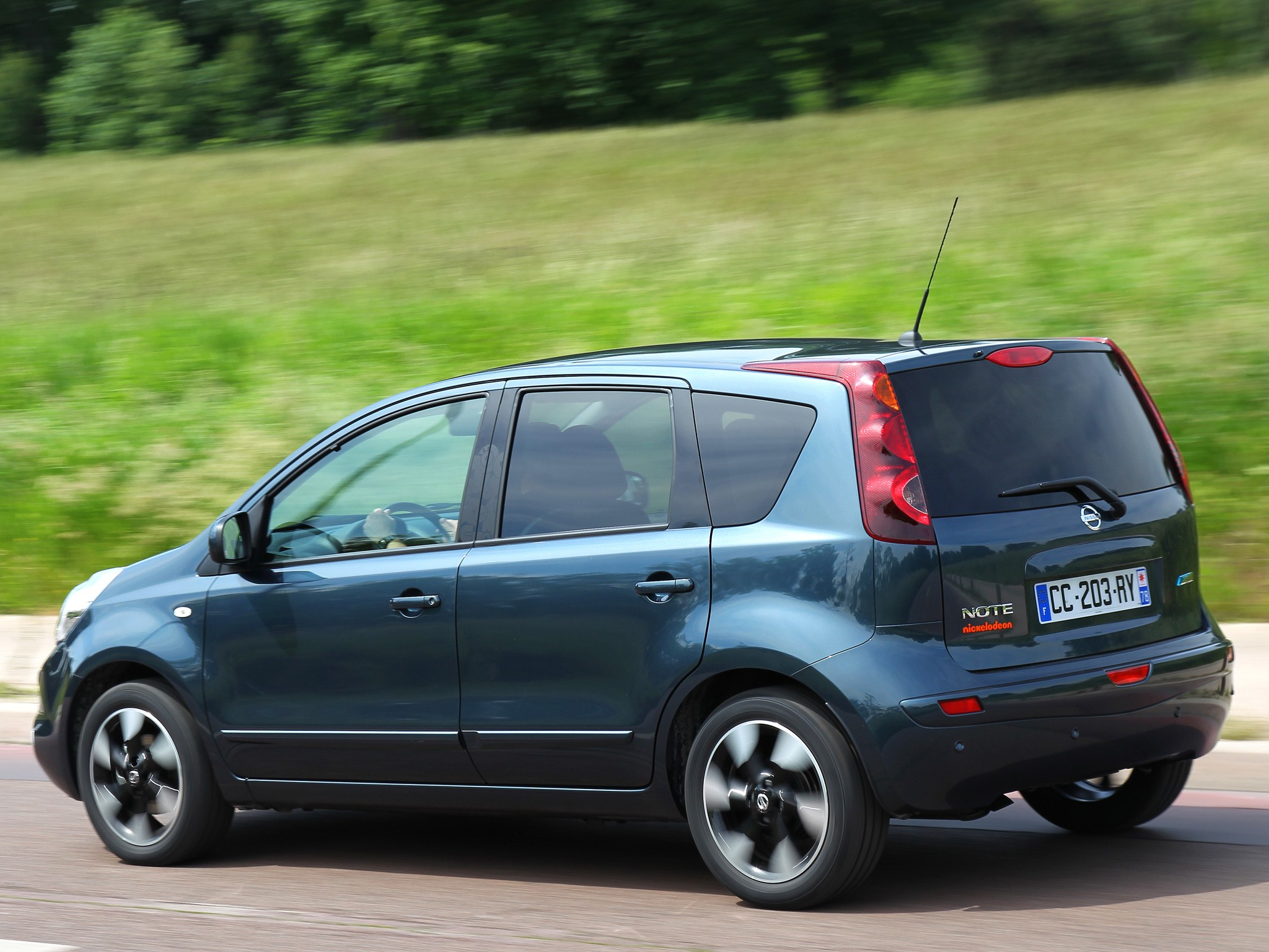Nissan note photo - 5