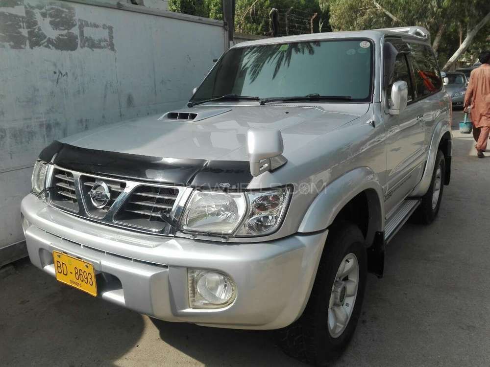 Nissan safari photo - 4