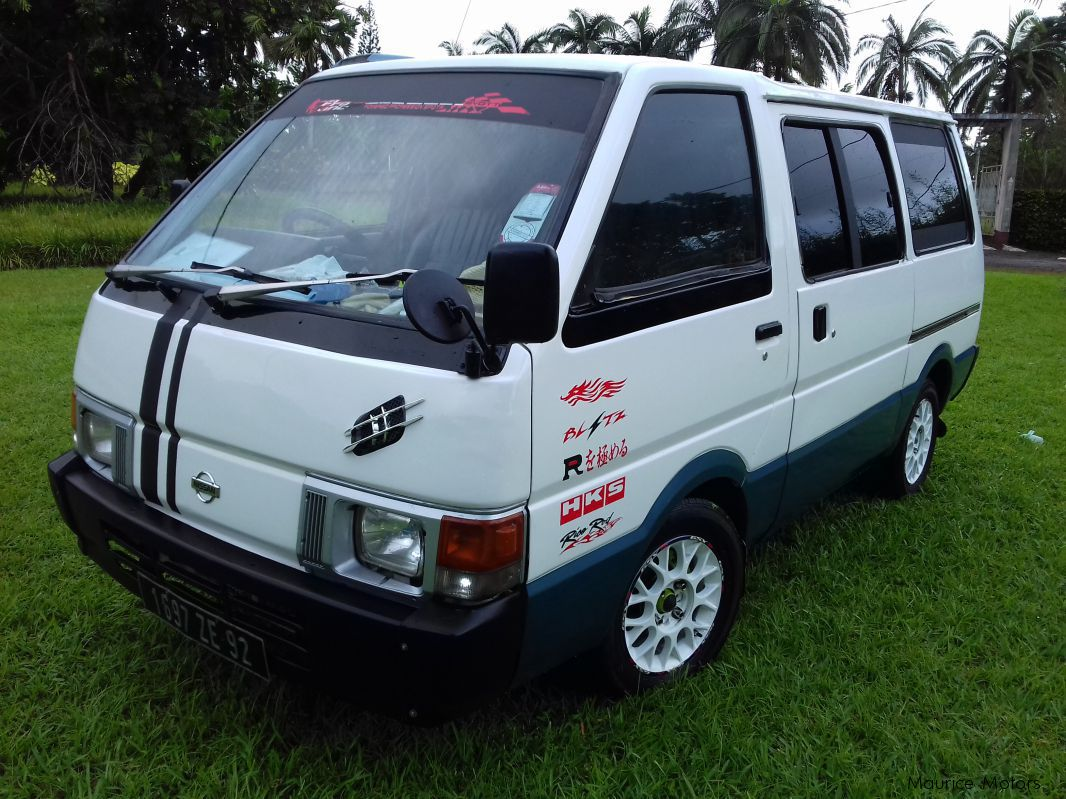 Nissan vanette photo - 8