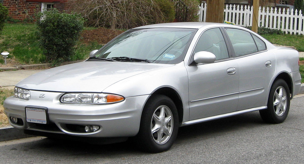 Oldsmobile alero photo - 1