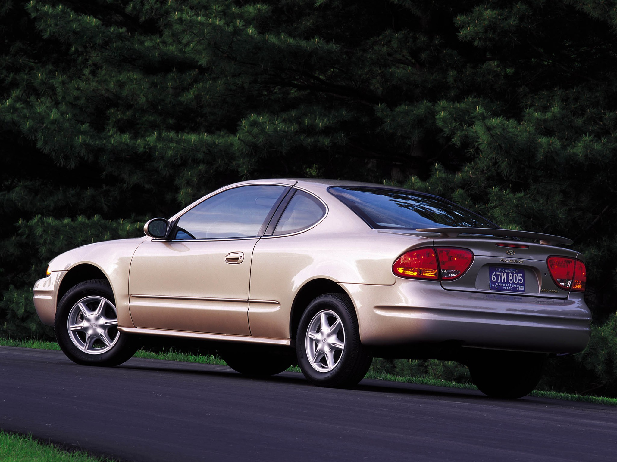 Oldsmobile alero photo - 8