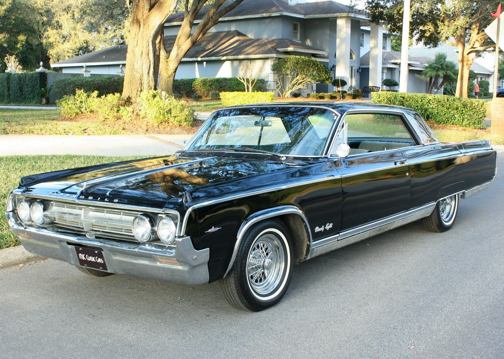 Oldsmobile ninety photo - 2