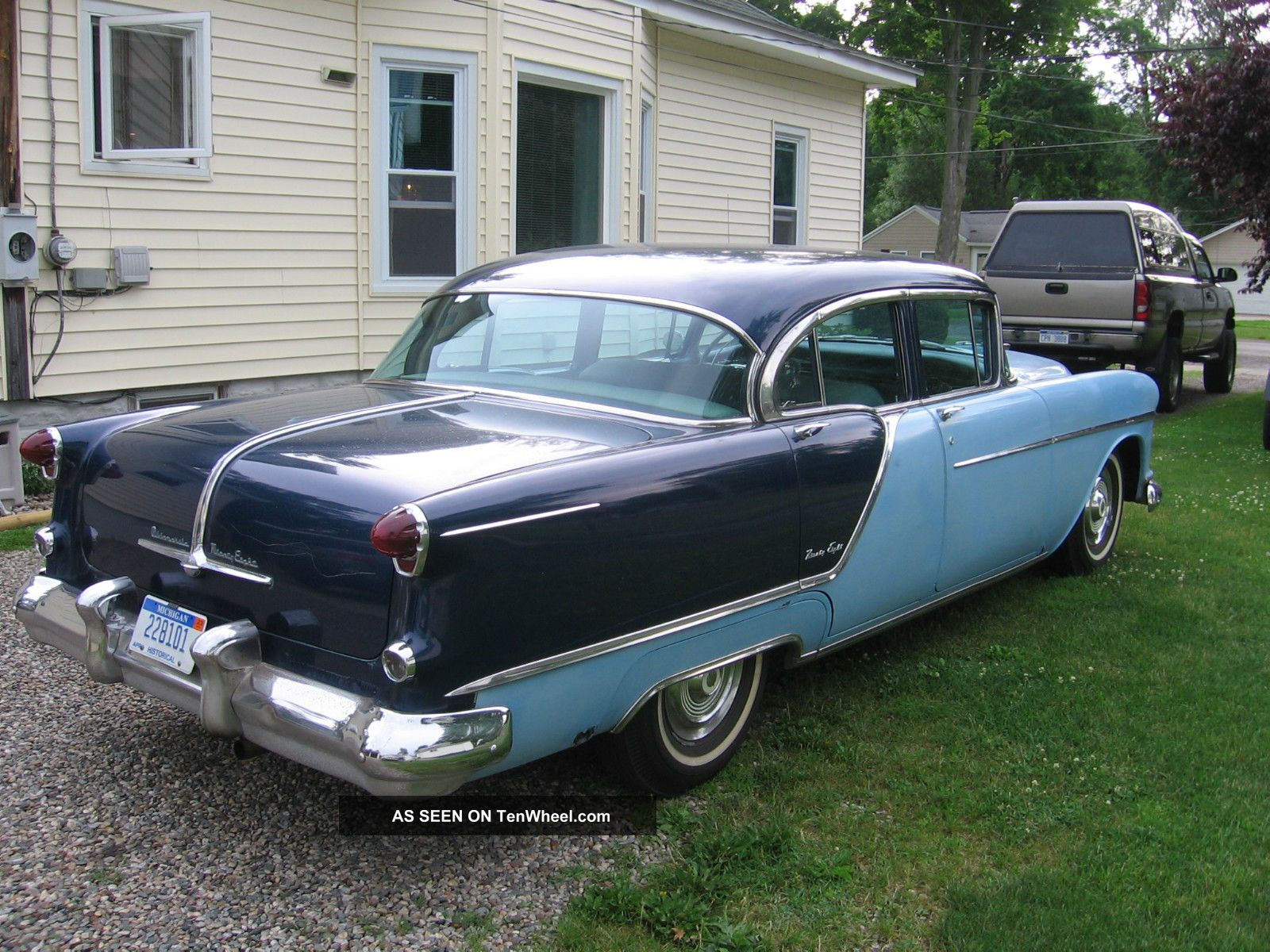 Oldsmobile ninety photo - 6