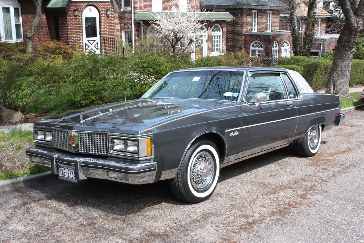Oldsmobile ninety photo - 8