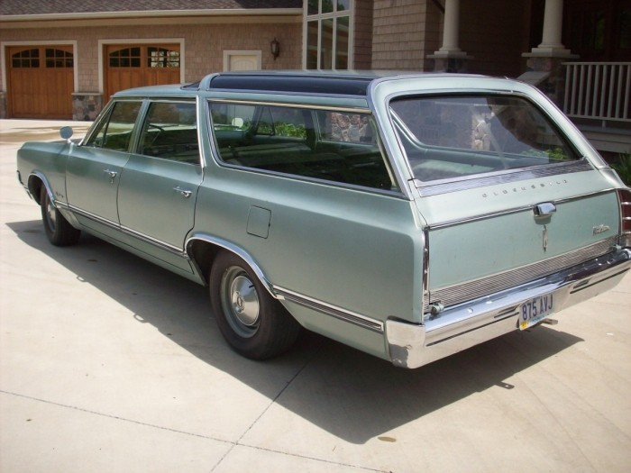 Oldsmobile vista photo - 8