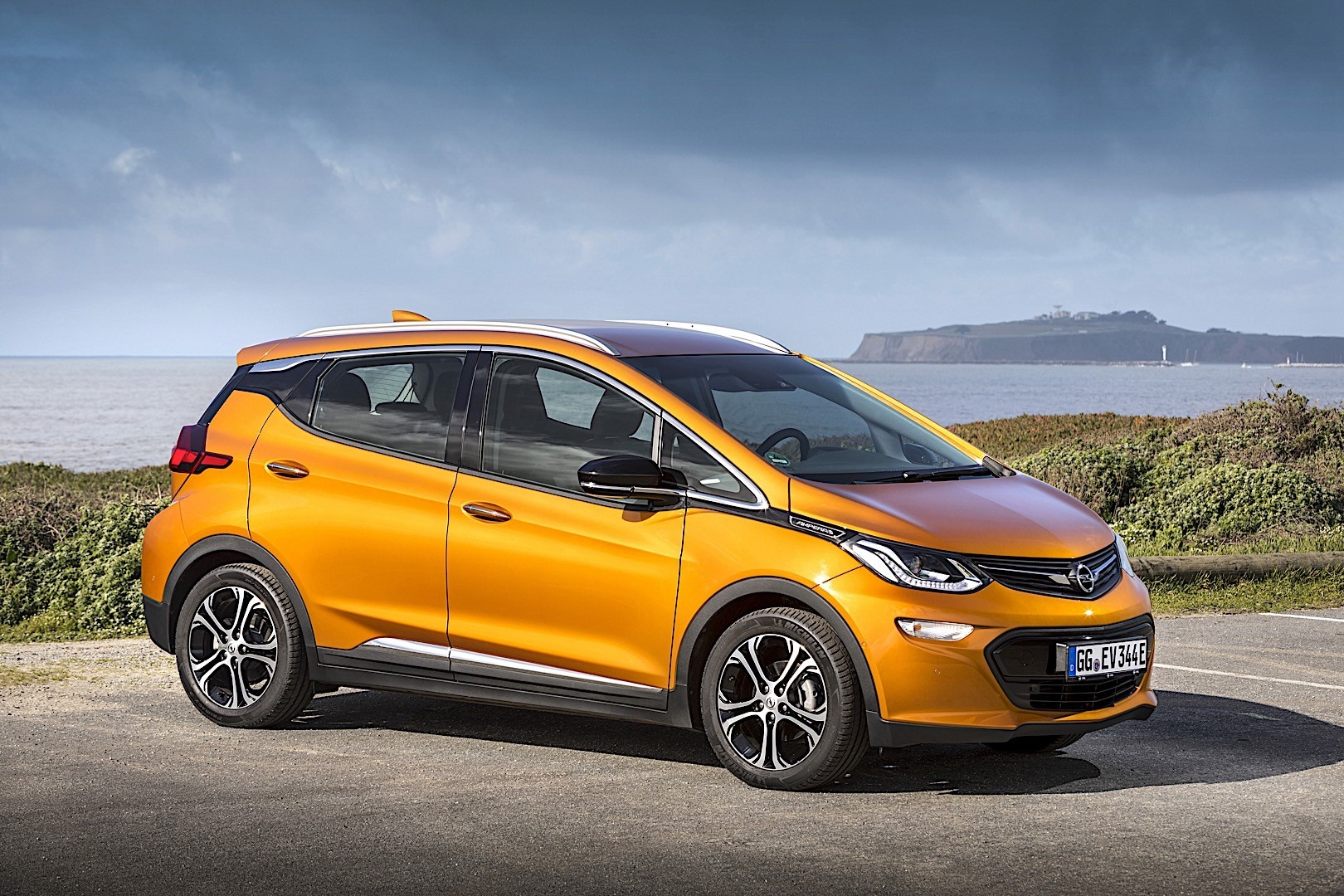 Opel ampera photo - 2