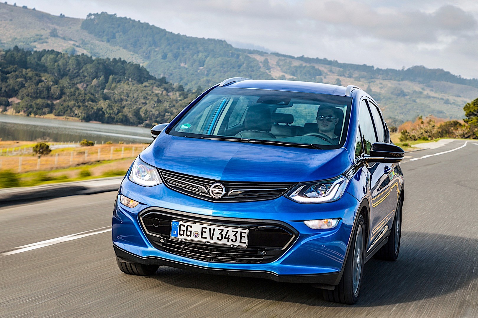Opel ampera photo - 6