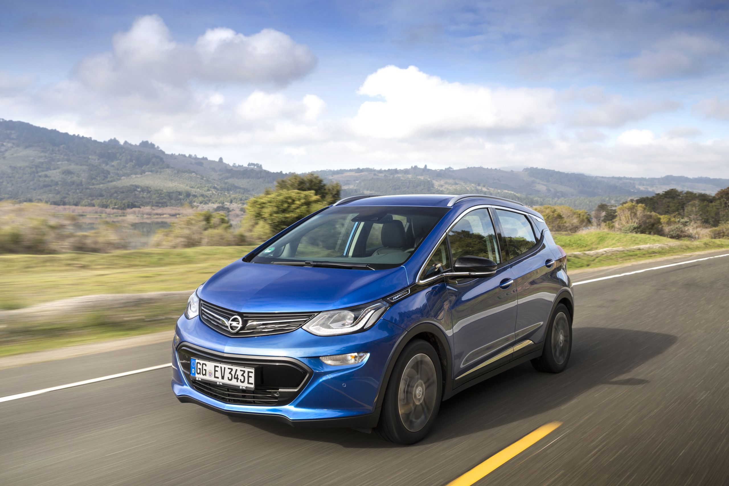 Opel ampera photo - 9